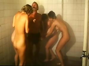 Anne Karna orgy - Heisse Schulmadchenluste (1984)