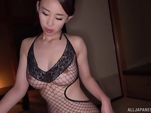 Before getting fucked, amazing Mori Hotaru sucked a friend's big dig up