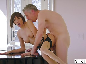 Janice Griffith Crazy Sex With Senior Cocky Dad