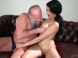 Old fart enjoys fucking eye catching seductress with natural boobs Ava Pitch-black
