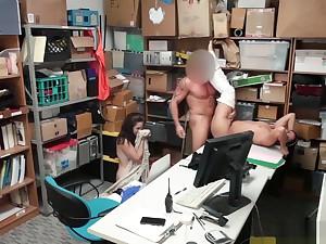 Petty theft Peyton and Sienna sucks officers horseshit