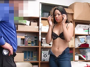 Half Mexican beauty Amethyst Banks gets her mouth and pussy punishes for defrauding