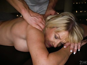Horny mature Milf Amy is ready for massage and wild doggy light of one's life