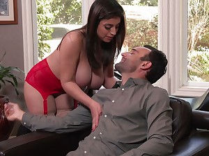 Jaw dropping babe Ella Knox takes cumshots on full natural knockers after crazy sex