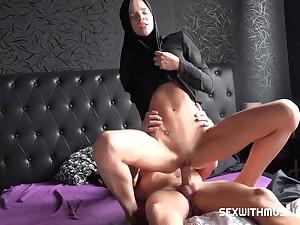Muslim Old bag Sara Kay Rides Huge Dick