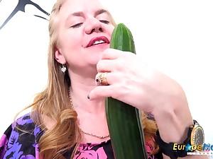 EuropeMaturE Desolate Milf Masturbating all over Toys
