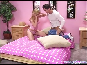 Blonde infant Genesis Skye gets verge on mouth fucked coupled with loves in the chips