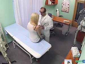 Amateur festival parcel out Elis Gilbert gets fucked good unconnected with her doctor
