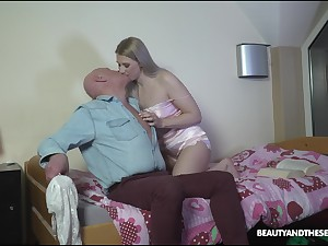 Wondrous blonde nympho Diane Chrystall seduces older man be expeditious for doggy