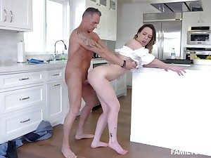 Super intense step paterfamilias porn leads the cosset to insane orgasms
